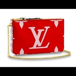 💥SOLD OUT💥 LV Giant Monogram Double Zip Pochete